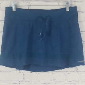 PATAGONIA  blue tennis skirt with built in shorts